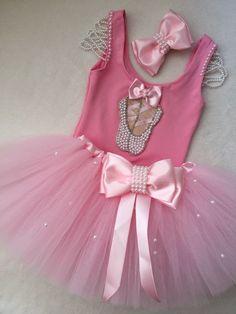 Ballerina Birthday Parties, Baby Girl 1st Birthday, Ballerina Party, Baby Ballerina, Baby Tutu, Ball Dresses, Girls Dresses, Flower Girl Dresses, Tutu Bailarina