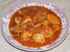 Gulas unguresc Cheeseburger Chowder, Thai Red Curry, Carne, Soup, Ethnic Recipes, Soups