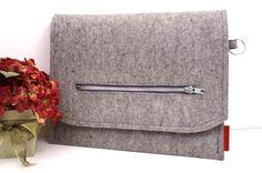 iPad iPad 2 or e reader Granite Wool Felt par PinsnNeedlesCases, $46,00