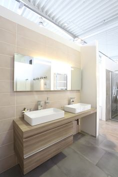 Alcove, Bathtub, Vanity, Bathroom, Graz, Standing Bath, Dressing Tables, Washroom, Bathtubs
