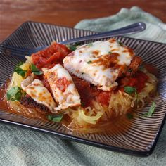 this will be my next spaghetti squash recipe! baked chicken parm & spaghetti squash