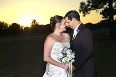 Mark Losh Photography provides wedding photography customized to your needs for any size wedding in Central Florida.  Limited spots available…Hurry now! Call today to book your spot for 2014!