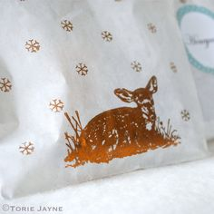 Deer printed bags of honeycomb by Torie Jayne Christmas Arts And Crafts, Woodland Christmas, Deer Print, Bag Toppers, Pretty Packaging, Printed Bags, Crafty Projects, Gift Wrapping, Wrapping Ideas