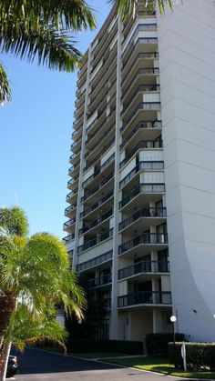 2425 Presidential Wy #1702 RX-10009188 in Lands Of The President 7 Cond As In Decl In | West Palm Beach Real Estate