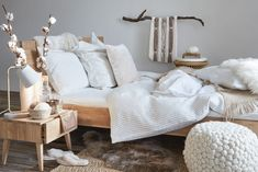 Cocooning – keine Spinnerei. - myHome | Blog der Micasa Blog, Throw Pillows, Blanket, Living Room, Furniture, Images, Interiors, Home Decor, Nest