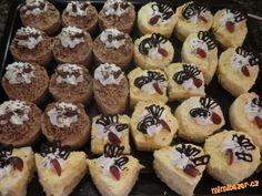semifréda 4 druhy mandarinková pařížská tvarohová krém z bílé čokolády Mini Cupcakes, Muffin, Breakfast, Food, Morning Coffee, Essen, Muffins, Meals, Cupcakes