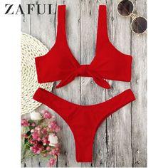 Geknotetes Scrunch Butt -Tanga-Bikini - Rot S Push Up Bikini, Bandeau Bikini, Bikini String, Bikini Sets, High Cut Bikini, Red Bikini, Bikini Swimwear, Thong Bikini, Bikini Bottoms