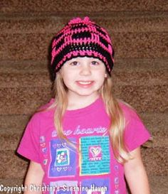 Do you like the new ponytail hat trend? Looking for free patterns? Find them here Crochet Pony, Crochet Mitts, Crochet Beanie, Free Crochet, Knit Crochet, Crotchet, Easy Crochet Patterns, Hat Patterns, Crochet Clothes