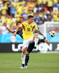 James Rodriguez of Colombia is tackled by Hiroki Sakai of Japan during the 2018 FIFA World Cup Russia group H match between Colombia and Japan at Mordovia Arena on June 2018 in Saransk, Russia. Get premium, high resolution news photos at Getty Images James Rodriguez, Sports Memes, European Football, Neymar Jr, Fifa World Cup, Lionel Messi, Football Players, Russia, Japan