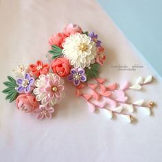 Japanese Hairstyle, Minne, Love Art, Art Pieces, Arts And Crafts, Hair Accessories, Tableware, Flowers, Hand Crafts
