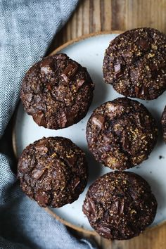 Mexican chocolate muffins with buckwheat flour spicy and deep dark chocolate! Chocolate Muffins, Gluten Free Chocolate, Chocolate Recipes, Healthy Chocolate, Buckwheat Muffins, Buckwheat Recipes, Gluten Free Baking, Gluten Free Desserts, Baking Recipes