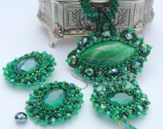 Green pendant beaded pendant fashion 2015 by Elinawonderland