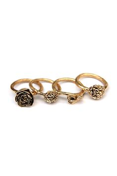 'Floral Stories'  Rings, 2012, Fairtrade & Fairmined Gold, for GoLDFABRIK. Made by Malou Paul. www.maloupaul.nl