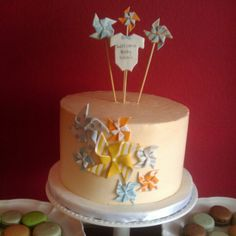 Pinwheel baby shower cake
