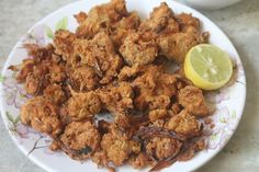 Spicy and crunchy morsels of heaven. These cashew pakoda taste amazing hot with a cup of chai on any rainy day or during a cool evening.