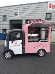 Small Mobile Homes: Bike Trailers & Shopping Cart Campers Mobile Kiosk, Mobile Cafe, Mobile Shop, Catering Van, Catering Trailer, Food Trailer, Food Truck Business, Coffee Carts, Coffee Truck