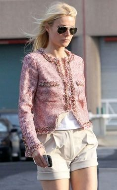 Gwyneth Paltrow, CHANEL jacket