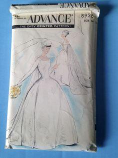 vintage 50s uncut sewing pattern wedding dress Advance 8928 factory folds NOS