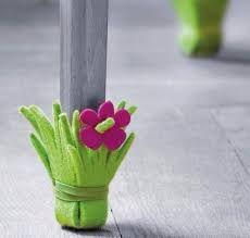 Картинки по запросу чехлы на ножки стульев своими руками