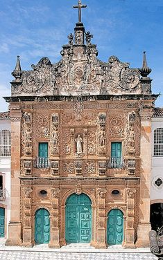 Igreja em Salvador, capital do estado da Bahia, Brasil. Igreja da Ordem Terceira de São Francisco, de 1703. Fotografia: Ricardo Bevilaqua no Flickr.