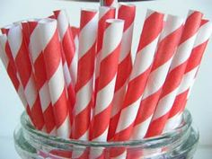 Add character to your picnic wedding with old fashioned stripped paper straws!