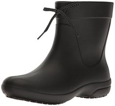 96a16fe963b9 Check out these sexy crocs Women s Freesail Shorty Rainboot