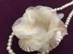 Ateliê Marriah uma opção de glamour para abrilhantar o seu evento com forminhas artesanais de alta qualidade.      Forminhas são confeccionadas em tecidos: cetim, voil e tela escocia.  Opção de cores branco, perola, champagnet, azul claro, azul turquesa, azul tiffany, rosa bebe, rosa claro, rosa,...