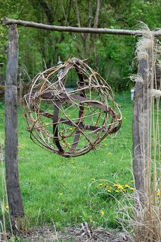 Vannerie sauvage by petites ruches, via Flickr