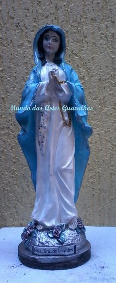 Nossa Senhora de Lourdes com 40 cm de alt.