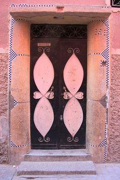 Portal, doors, Traditional door in Marrakesh, Morocco Cool Doors, Unique Doors, Portal, Marrakesh, Marrakech Morocco, Door Knockers, Door Knobs, When One Door Closes, Traditional Doors