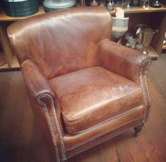 Vintage leather armchair Vintage Sofa, Vintage Leather, Accent Chairs, Armchair, Vintage Fashion, Furniture, Home Decor, Style, Vintage Settee