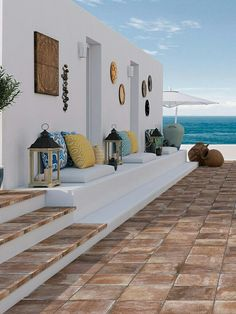 Find What Mid-Century Lighting Style Is the Right One For Your Home - Outdoor-Design-Ideen - Architecture Design Exterior, Interior And Exterior, Outdoor Spaces, Outdoor Living, Mediterranean Decor, Mediterranean Architecture, Beach House Decor, Home Decor, Luxury Decor