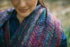 Celebracion by Sabine Engel Loop Scarf, Scarf Hat, Stitch Patterns, Knitting Patterns, Needle Gauge, Ravelry, Finger Weights, Knitted Shawls, Beautiful Patterns