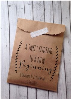 Wedding Favor Bags, Laurel Rustic Candy Buffet Sacks, Custom Wedding Favors, 25 Cake Bags, Recycled Brown Paper Personalized Printed Sack by DetailsonDemand on Etsy https://www.etsy.com/listing/227575671/wedding-favor-bags-laurel-rustic-candy