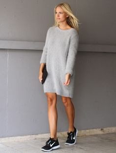 Love this oversized jumper with nike sneaker