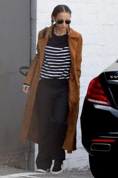 Nicole Richie wearing Puma Suede Sneakers in Black, Ray-Ban 3025 Aviator Large Metal Sunglasses in Gold/Green, Givenchy Nightingale Bag and House of Harlow 1960 Ryder Jacket in Cognac