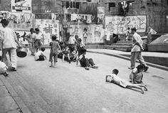Lan Kwan Fong (actually D'Aguilar Street) in the 50s or 60s. It was a playground for kids, but now a heavenly place for adults.
