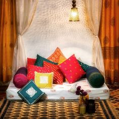 New indian floor seating living rooms Ideas Indian Living Rooms, My Living Room, Living Room Decor, Bedroom Decor, Cozy Living, Ethnic Home Decor, Indian Home Decor, Floor Seating Cushions, Chair Cushions