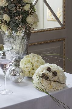 Flower decorations with white roses and carnations Flower Decorations, Wedding Decorations, Table Decorations, Carnations, White Roses, Hygge, Glass Vase, Flowers, Furniture