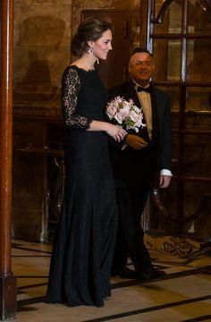 Принц Уильям и Кейт Миддлтон на концерте Royal Variety Performance