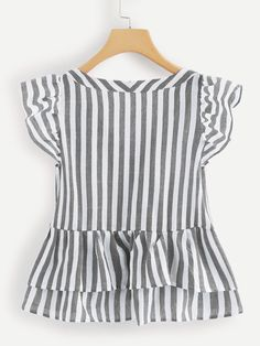 V Neckline Single Breasted Striped Babydoll Top -SheIn(Sheinside) Dresses Kids Girl, Kids Outfits, Casual Outfits, Girls, Blouse Styles, Blouse Designs, Pretty Outfits, Cute Outfits, Girl Fashion