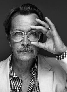 not gonna lie, i have a mild crush on gary oldman.Portrait of a brilliant man. Gary Oldman, Classy Photography, Portrait Photography, Fashion Photography, Celebrity Portraits, Celebrity Photos, Foto Face, Foto Portrait, Actrices Hollywood