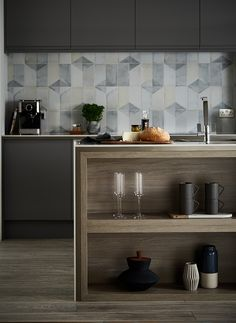 Choosing The Right Kitchen Tiles To Complement Your Cabinets Will Make All Difference