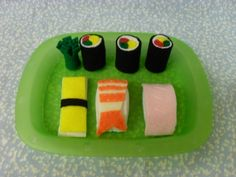 Felt Food Sushi • Free tutorial with pictures on how to make a sushi plushie in under 90 minutes