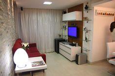 !!! Sala de estar projetada por Larissa Cesar Vinagre e Suellen Montenegro