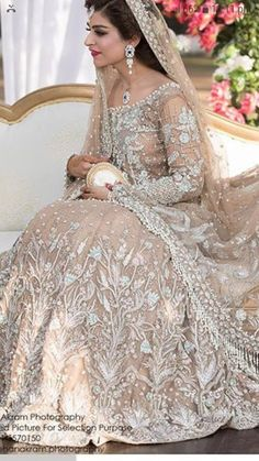 Walima, Pakistani Suits, Dress Tutorials, Formal Outfits, Formal Dresses, Indian Bridal, Party Wear, Bridal Dresses, Wedding Hairstyles