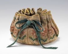 Flat bottomed gaming purse, 1690 - 1710 Metropolitan Museum Mobile