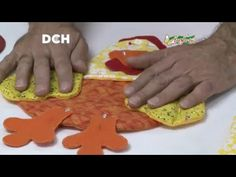 Como hacer una Caja para Joyero o costurero decorada con una Gallina por Juan Gonzalo Angel - YouTube Sewing Crafts, Sewing Projects, Projects To Try, Felt Crafts, Diy And Crafts, Puff Quilt, Chicken Pattern, Decorated Jars, Quilt Tutorials