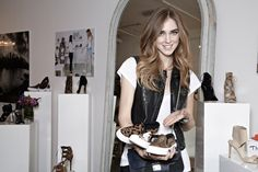 CHIARA FERRAGNI FOR STEVE MADDEN. My god I love her capsule collection. The blonde salad girl can do it all... Check out my blogpost!