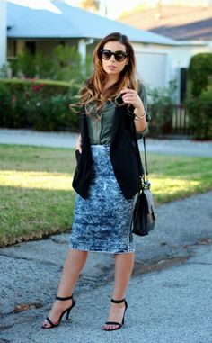 Outfit of the Day featuring acid wash denim midi skirt. via @DAILYLOOK